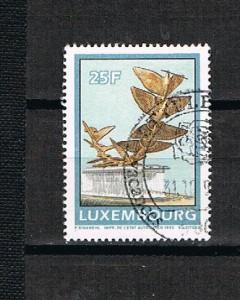 LUXEMBURGO  1 J
